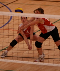 Chris and Kay join forces to receive a serve